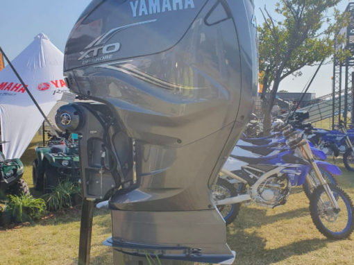 Yamaha 425Hp V8 Motor Outboard Engine
